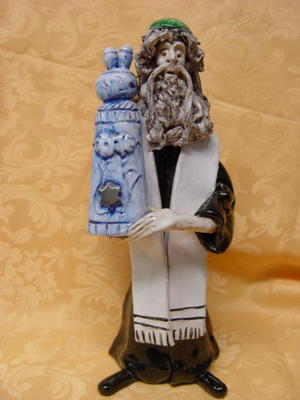 Ceramic figurine 01